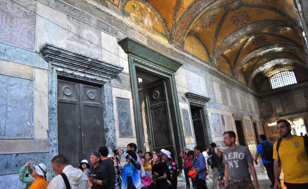 hagia-sophia-inner-narthex-imperial-gate