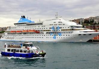 istanbul-sali-pazari-galataport-cruise-dock