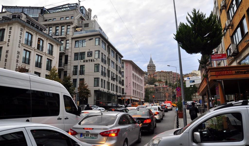 istanbul-traffic-jam-on-saturday