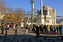 istanbul-ortakoy-square