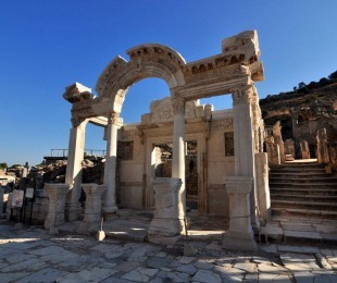 ephesus attractions and ruins
